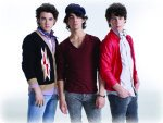 <div class=Note><a href=index.php?method=section&id=43 class=Note>MusicSHOW</a></div>The Jonas Brothers - Fratelli di note